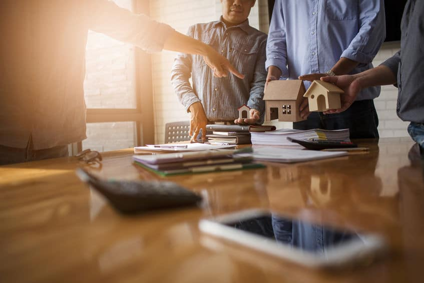 Studio Legale wickelt rechtssicher Ihren Kauf und Verkauf Ihrer Immobilie ab.