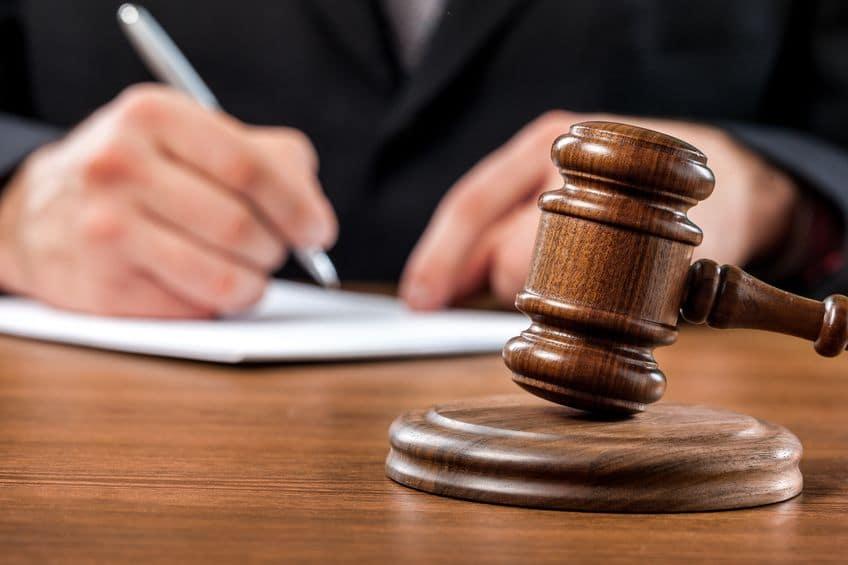 Prozessführung in Italien mit unseren Anwälten.